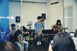 Music school singapore performance with students
