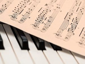 piano keys and musical notes